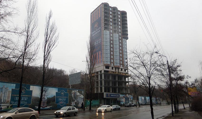 3m2_podil_plaza_construction.jpg