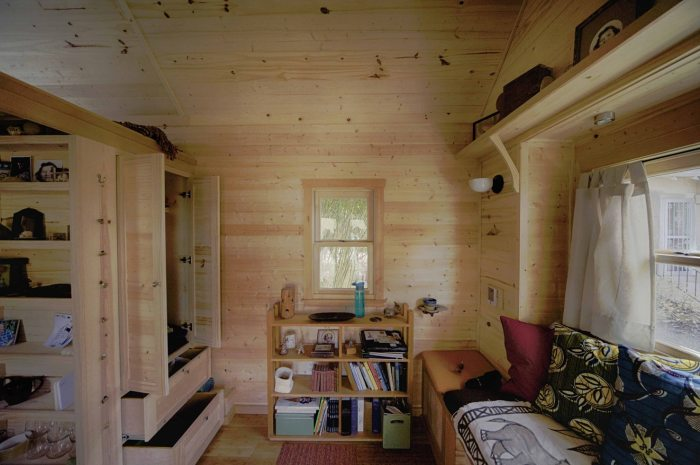 Sweet-Pea-Tiny-House-Living-and-Storage.jpg