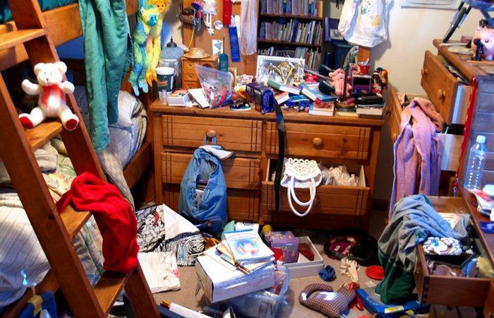 cluttered-house-99.jpg