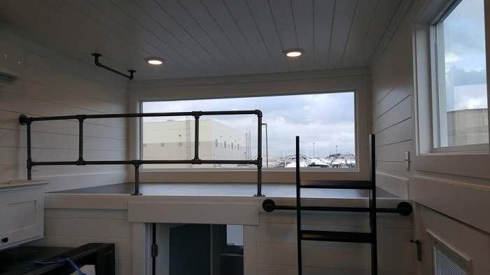 ventanatinyhouse4.jpg