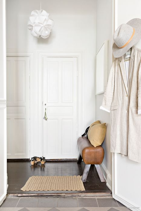 withe-small-interior-12.jpg